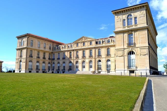 Kết quả hình ảnh cho Dinh thự Palais du Pharo